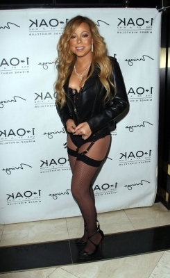 6aa68aaa074 Style  Mariah Carey hits the red carpet in nothing but lingerie