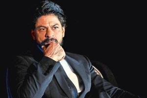 IT Department Sends Notice To Shah Rukh Khan!