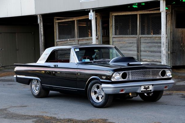 Enthusiasts: 1963 Ford Fairlane 500 Packs 498 inches of