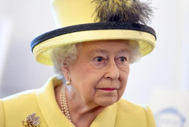 US News: The Queen is not DEAD: Fake BBC Twitter account announcing