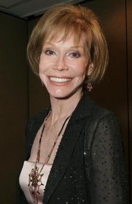 TV specials pay tribute to Mary Tyler Moore