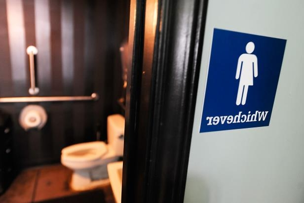 US: Bathroom choice is a decision for transgender students at Pa