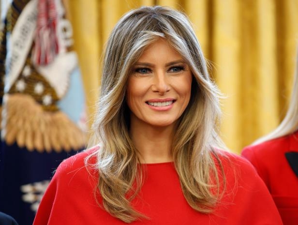 024374afd64 Style  How Melania Trump Gets Her Perfect Hair - PressFrom - Australia