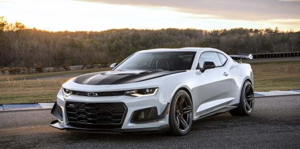 First Chevy Camaro ZL1 1LE Sells for $250,000 at Auction