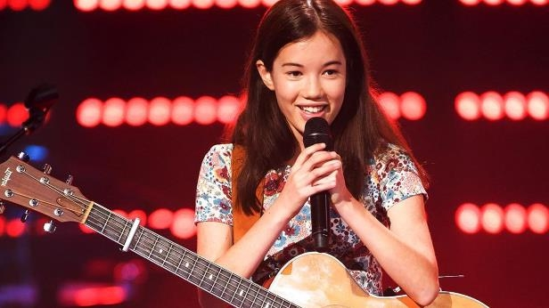 Entertainment: So, this tiny 15-year-old girl is totally