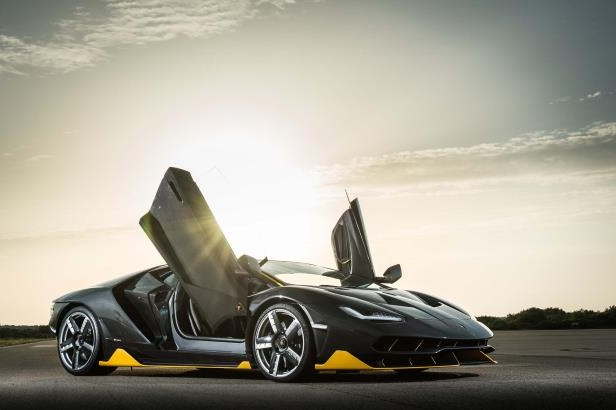 Enthusiasts Lamborghini Centenario Delivered To First U S Customer
