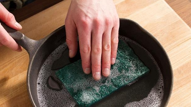 Food: Got a Rusty Cast-Iron Skillet? Here's How to Fix It