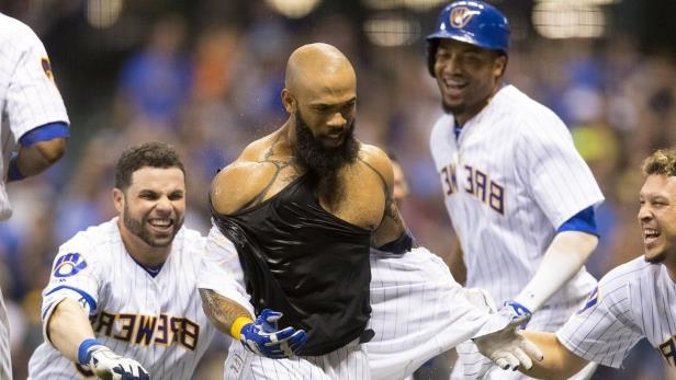 huge discount db000 abfd9 Sport: Eric Thames homers to win the game but then loses his ...