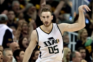 Gordon Hayward's agent says no decision made moments after Hayward to Celtics is reported