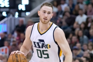 NBA fans dug up old tweets of Gordon Hayward struggling with decisions
