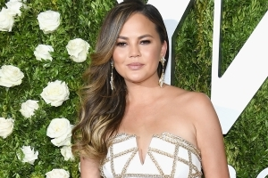 Chrissy Teigen went blond for summer, and we're loving her new look
