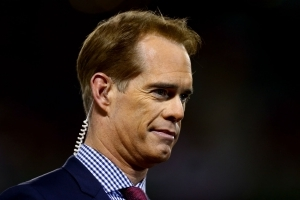 Joe Buck tells story about eating weed brownies, passing out at Cabo bar after hair plug surgery