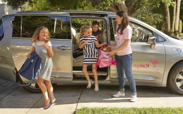 News: Chrysler partners with Kango for family ride-hiring