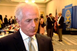 White House fires back at Bob Corker