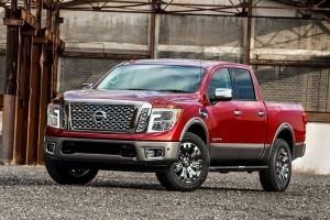 Two Mighty Fall Pickup Trucks Worth A Roll: Nissan Titan Pro 4X and Ford F-250 King Ranch