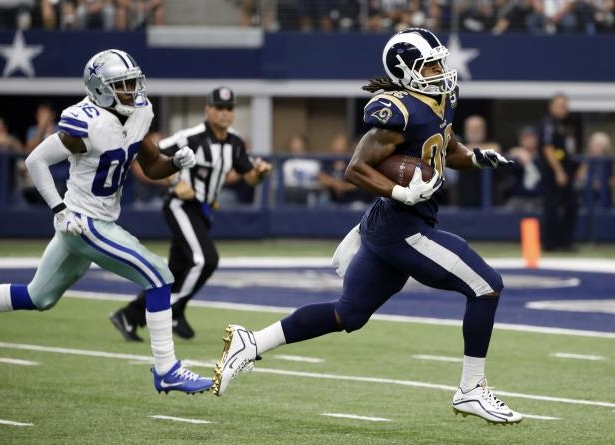 huge selection of 88af9 d7dab Los Angeles Rams running back Todd Gurley (30) sprints to the end zone past