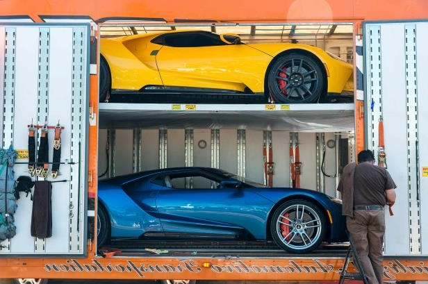 Slide   Ford Gt Delivery  Jpg