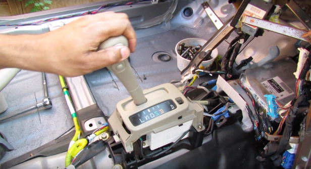 Here's an Extremely Detailed Look at How Transmission Shifters Work