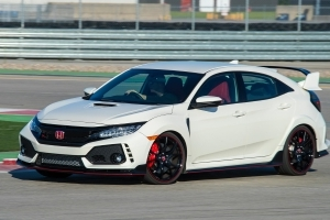 Honda Civic Type R Has No Automatic Transmission Because It'd Be Too Heavy