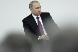 Putin Says He Has 'Zero Personal Relationship' With Trump