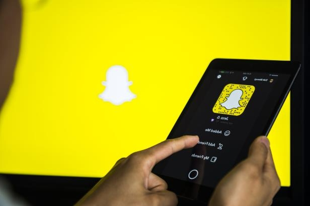 Tech & Science: Snapchat tweaks increase sharing and privacy