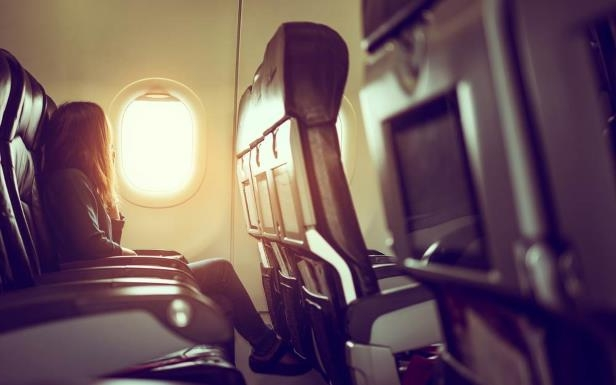 Admirable Travel This Is What Picking A Window Seat On An Airplane Machost Co Dining Chair Design Ideas Machostcouk