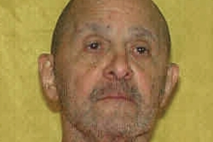 Doctor approves of ill inmate sitting up during execution