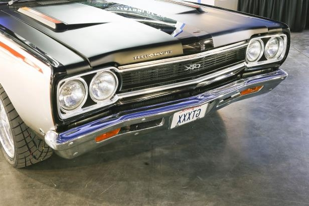 Slide 20 of 75: 020-1968-plymouth-gtx-front-2017-sema.jpg