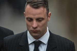 Pistorius case returns as prosecutors seek longer sentence