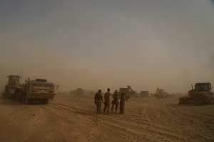 As caliphate crumbles, U.S. builds outposts in western Iraq