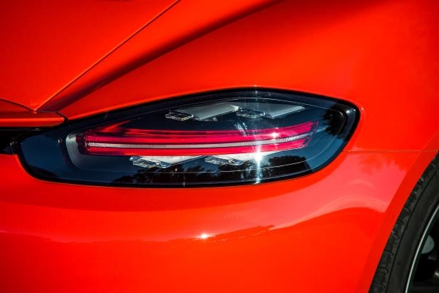 Slide 10 of 29: 2017-Porsche-718-Cayman-tail-lamp.jpg