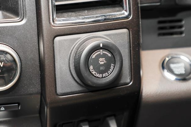 Slide 51 of 61: 2018-Ford-Expedition-Limited-hitch-controls.jpg