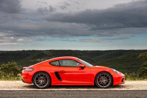 Slide 9 of 29: 2017-Porsche-718-Cayman-side-profile.jpg