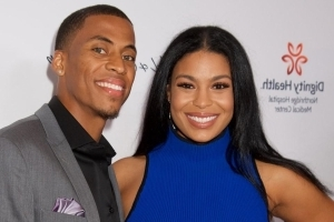 Jordin Sparks announces she's married and pregnant