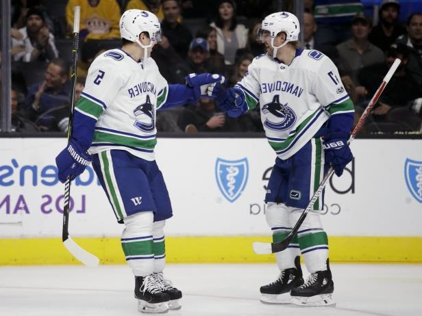 Sport Baertschi Canucks Send La Kings To 3rd Straight Loss 3 2