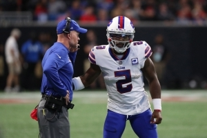 Bills' Tyrod Taylor says 'I don't agree' with benching, believes he can be franchise QB