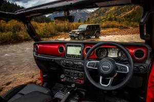 2018 Jeep Wrangler interior pictures show big changes