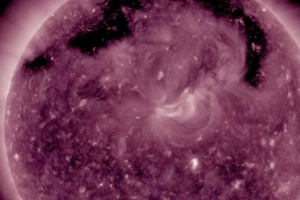 New Hole in Sun's Atmosphere Lets Particles Spew Out