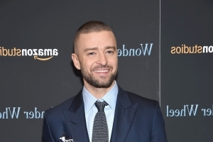 Justin Timberlake burnin' Thanksgiving calories with help from his son Silas