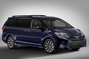 New Tech, Higher Price for 2018 Toyota Sienna
