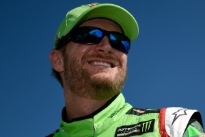Dale Earnhardt Jr. named grand marshal for 2018 Daytona 500