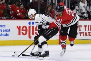 Quick, Kings stop Blackhawks for fifth straight win