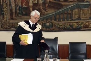 Austrian constitutional court legalizes same-sex marriage