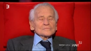 Mort de Jean d'Ormesson : les hommages se multiplient (Video)
