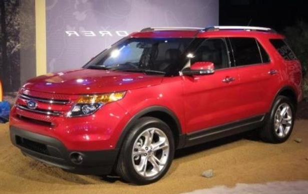 Slide 5 of 6: 2011 Ford Explorer