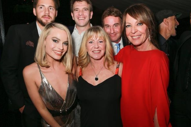 Allison Janney et al. posing for a photo
