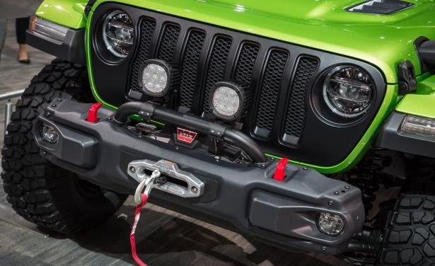 Slide 18 of 22: 2018 Jeep Wrangler Custom