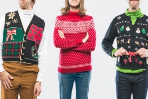 Alaska Air: Early boarding for ugly holiday sweaters