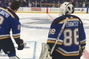 Blues season-ticket holder dresses as emergency goalie