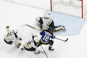 Tarasenko scores in OT as short-handed Blues beat Sabres 3-2
